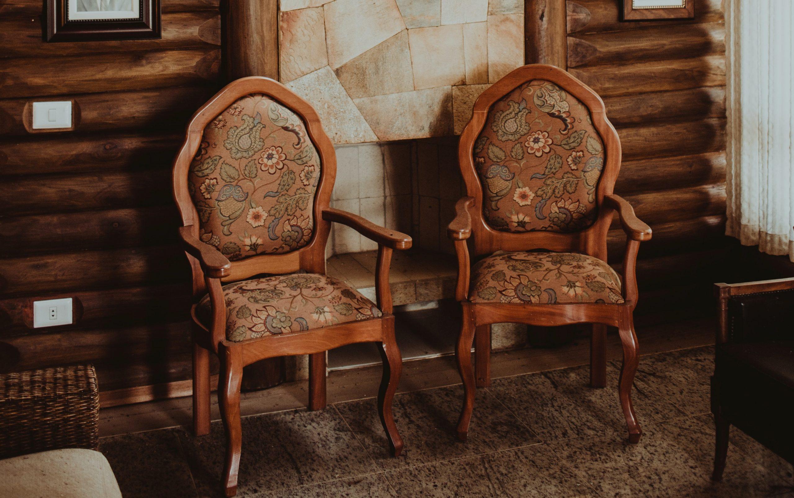 Quels sont les différents styles de chaise Louis XVI ?